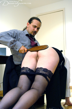 Hot secretary in glasses and stockings g - XXX Dessert - Picture 9