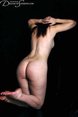 Naked ginger model posing on cam exposin - XXX Dessert - Picture 11