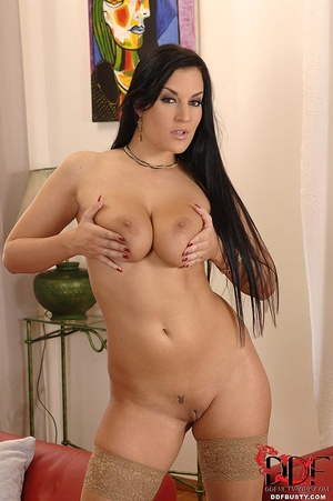 Busty babe in stockings undresses to pla - XXX Dessert - Picture 10