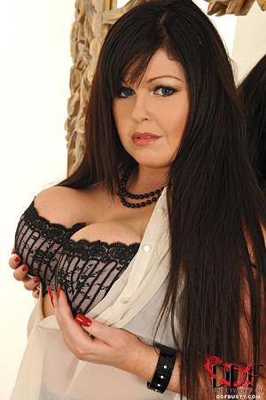Bodacious brunette mom in sexy lingerie  - XXX Dessert - Picture 2