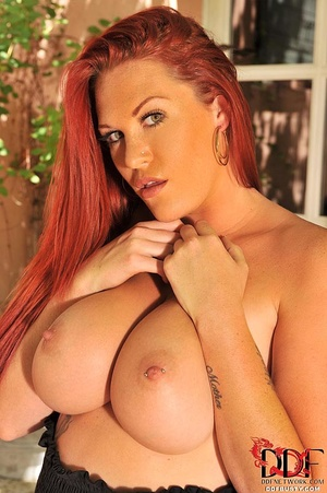 Tattooed ginger milf can hold a full bot - XXX Dessert - Picture 5