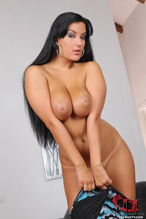 Bodacious brunette babe in a sexy dress  - XXX Dessert - Picture 10