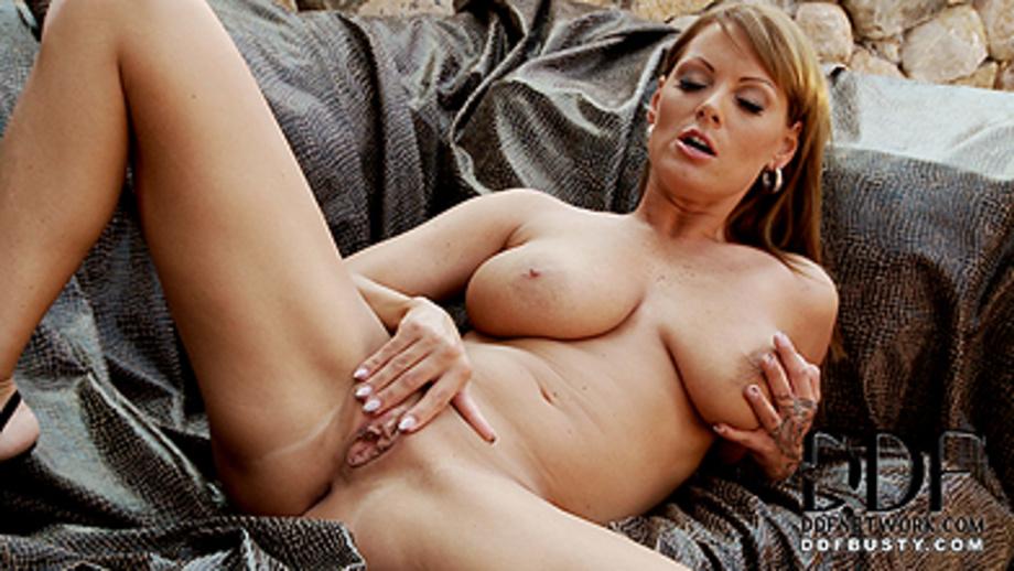 Black lady mature nude