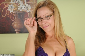 Dirty blonde milf in lingerie gets mouth - XXX Dessert - Picture 4
