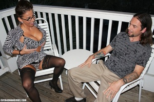 Long-hared dude seduced hot milf in glas - XXX Dessert - Picture 2