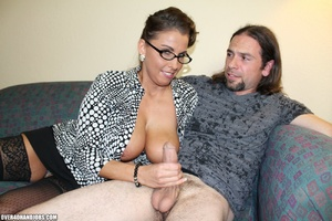 Long-hared dude seduced hot milf in glas - XXX Dessert - Picture 9