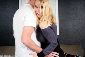Experienced blonde mom gets nude to give - XXX Dessert - Picture 5