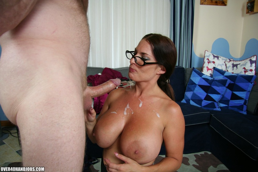 Hot ponytailed milf in glasses and sexy lin - XXX Dessert - Picture 10