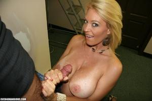 Busty blonde mom seduces an electrician  - XXX Dessert - Picture 9