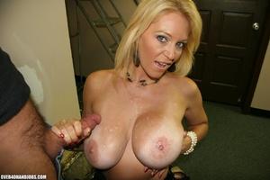 Busty blonde mom seduces an electrician  - XXX Dessert - Picture 11