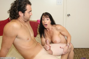 Horny dud with wavy hair cums on brunett - XXX Dessert - Picture 7