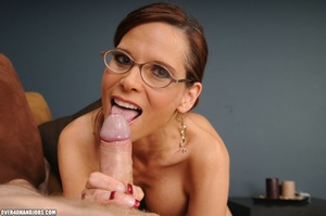 Dirty ponytailed mom in lasses is ready  - XXX Dessert - Picture 3