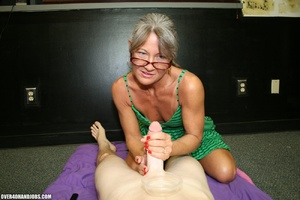 Ponytailed mom in glasses and a green dr - XXX Dessert - Picture 2