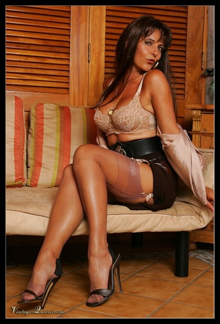 hot brunette vintage milf