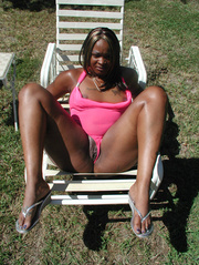 cute chubby ebony milf