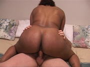 chubby black mom ducking