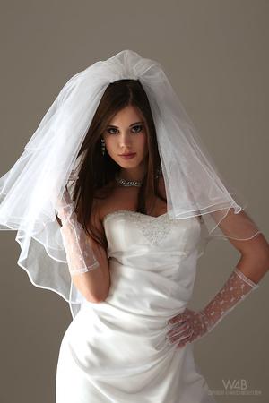 Teen bride in wedding dress - XXX Dessert - Picture 3