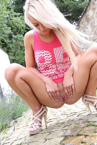 blonde teen pink vest