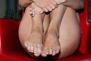Blonde tattooed girl uses a surgical spe - XXX Dessert - Picture 9
