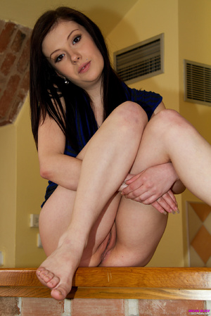 Teen brunette in blue blouse stretches h - XXX Dessert - Picture 5