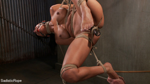 Brunette gal roped and suspended gets pu - XXX Dessert - Picture 9