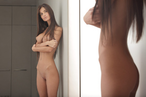 Slim long-haired beauty with big tits po - XXX Dessert - Picture 6