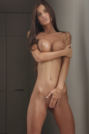 Slim long-haired beauty with big tits po - XXX Dessert - Picture 7