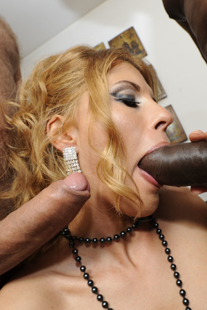 Sexy MILF in stockings and beads serving - XXX Dessert - Picture 9