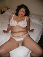 big-titted latina mom undresses