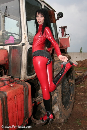 Black haired babe in red latex posing wi - XXX Dessert - Picture 12