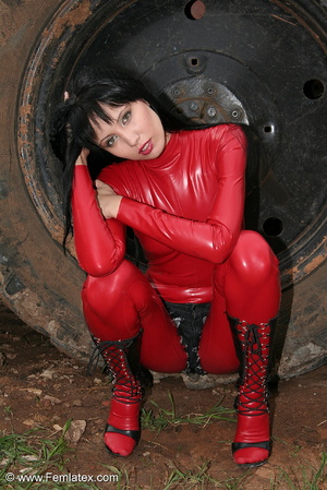 Black haired babe in red latex posing wi - XXX Dessert - Picture 15