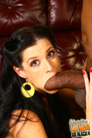 Hot mommy lick big black king kong dick. - XXX Dessert - Picture 8