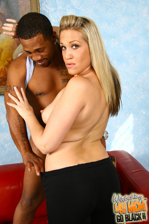 Natural breasted bitch suck black balls. - XXX Dessert - Picture 11