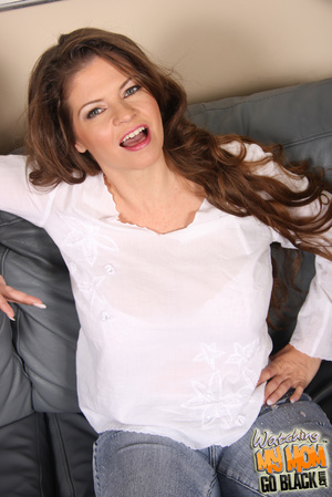 MILF beg for big dick to fill her big pu - XXX Dessert - Picture 3