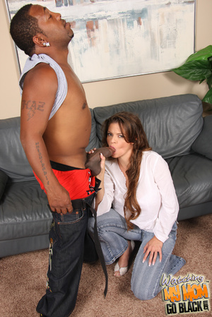 MILF beg for big dick to fill her big pu - XXX Dessert - Picture 7