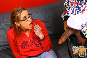 Skinny mommy poundded by black meat in h - XXX Dessert - Picture 6