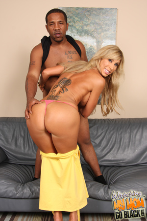 Blond lady eats fat monster cock - XXX Dessert - Picture 8