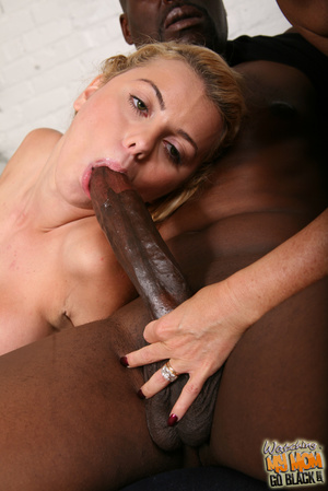 Big dick try to satisfy horny bitches. - XXX Dessert - Picture 11