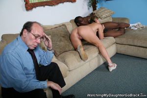 Teen surprised by her father in the midd - XXX Dessert - Picture 12