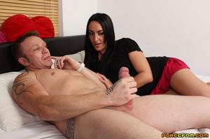 Temptress masturbates her naked man's ha - XXX Dessert - Picture 4