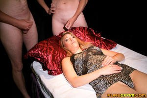 A beautiful lady dreaming of doing blowj - XXX Dessert - Picture 8