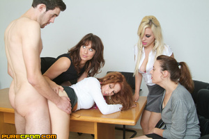 Live sex lessons for a young sexy lady - XXX Dessert - Picture 13