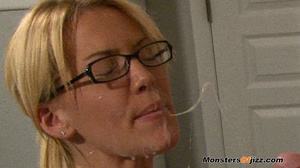 Nerdy blond doing a nasty cocksucking jo - XXX Dessert - Picture 14