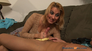 Laced and glaced for cock caressing job  - XXX Dessert - Picture 14