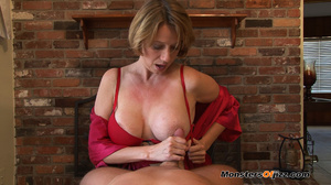 Hot momma seductively sucking a hard dic - XXX Dessert - Picture 4