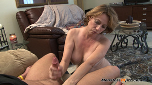 Hot sexy momma giving a peeping tom an u - XXX Dessert - Picture 10