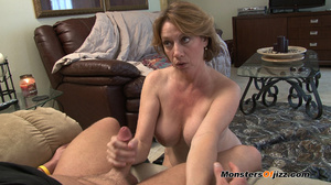 Hot sexy momma giving a peeping tom an u - XXX Dessert - Picture 11