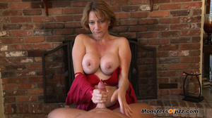 Hot momma seductively sucking a hard dic - XXX Dessert - Picture 9