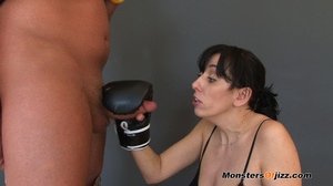Sweat sweet sporty cocksucking job - XXX Dessert - Picture 7
