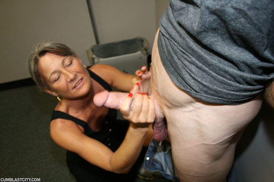 Slutty cougar unloads a large cumload after immense cock teasing
